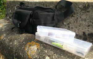 DCCN Tactical Hüfttasche Bauchtasche bepackt mit Köderbox