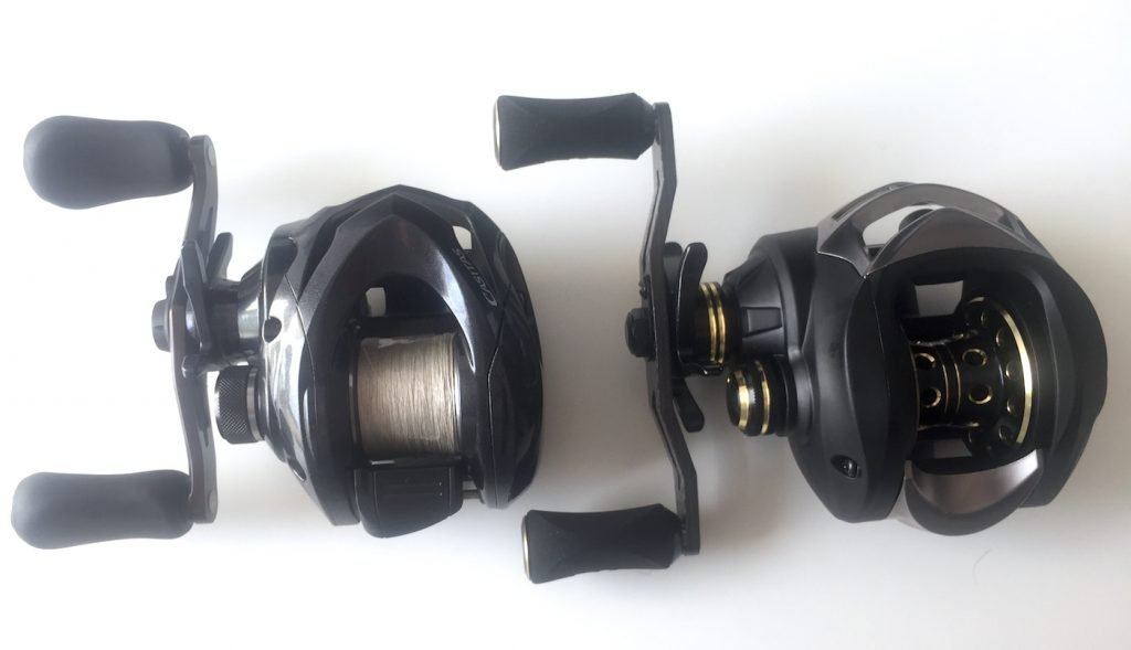 Baitcaster: Shimano Casitas (links) und KastKing Stealth