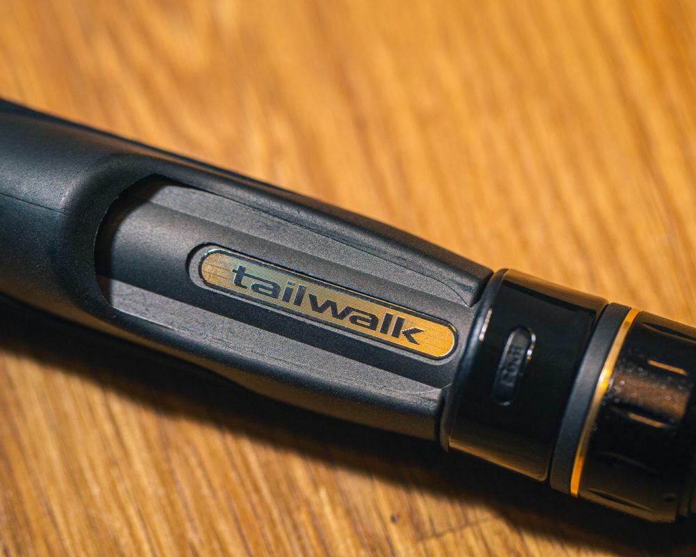 Rutenhalter mit Tailwalk-Logo
